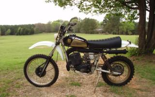 1978 HUSKY 390WR